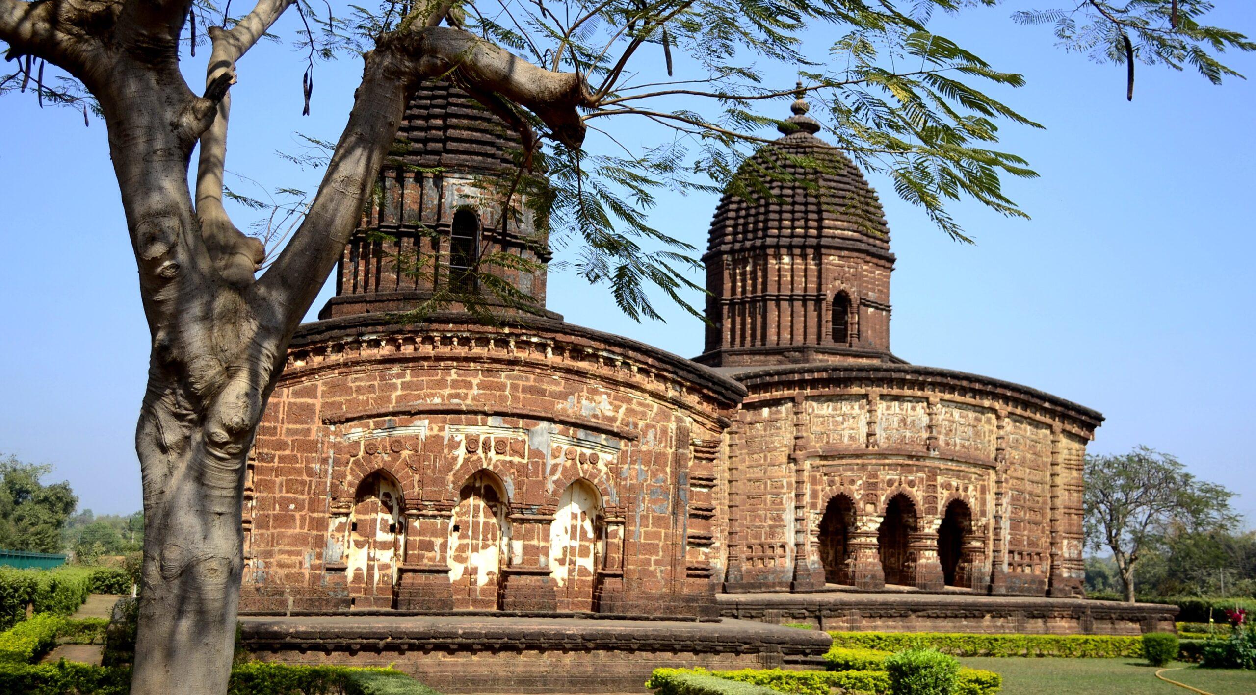 बिष्णुपुर के प्रसिद्ध मंदिरों की दास्तां