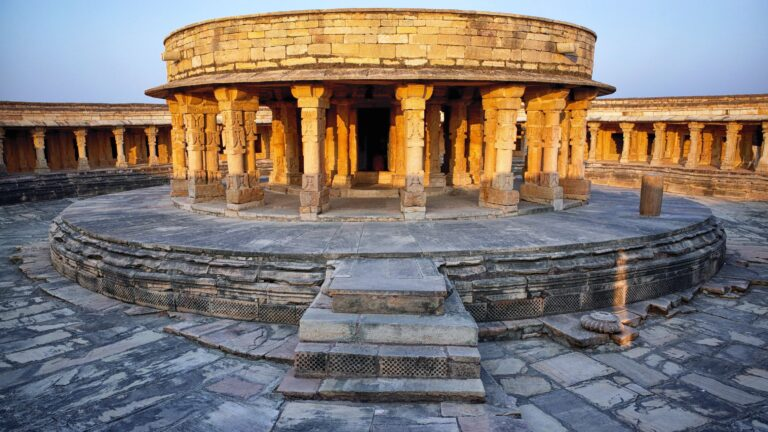 मितावली का चौसठ योगिनी मंदिर
