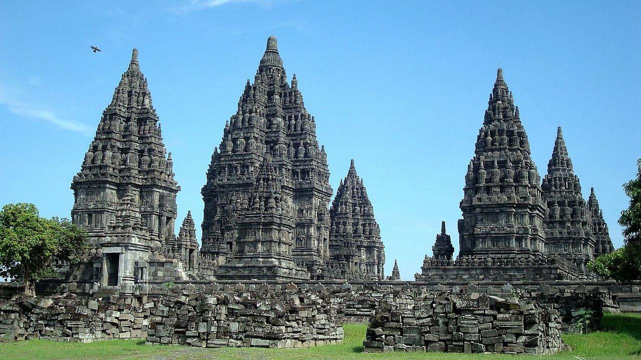 प्रम्बानन: इंडोनेशिया का भव्य शिव मंदिर