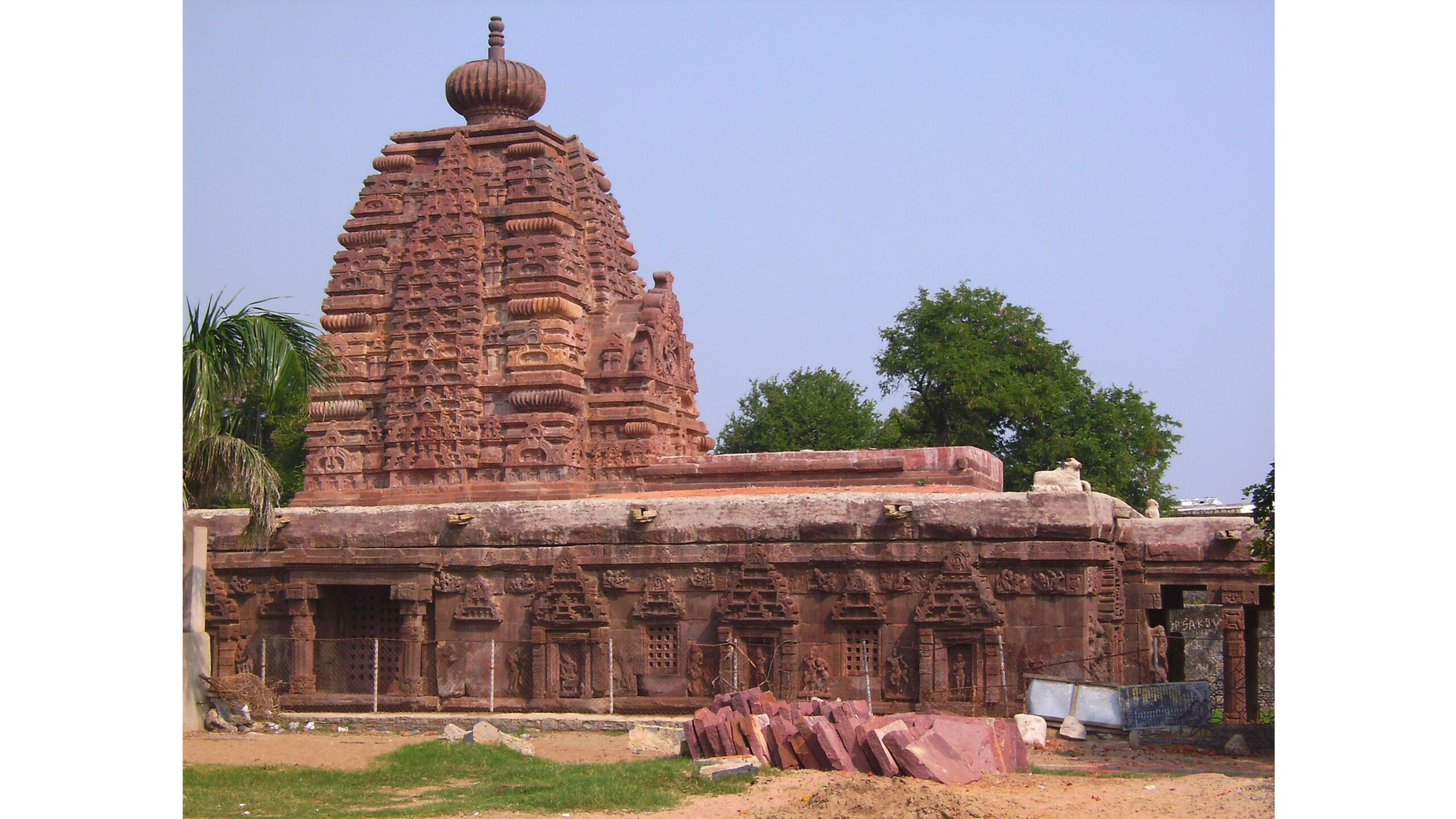 आलमपुर के नव ब्रह्मा मंदिर
